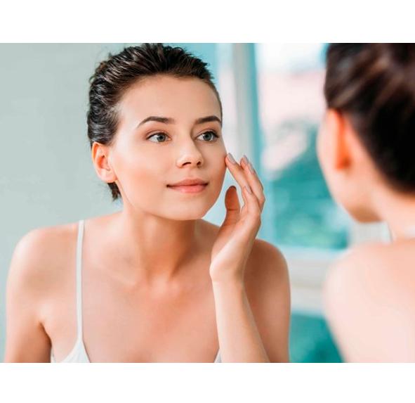 Какая косметика для лица сделает кожу гладкой и свежей?